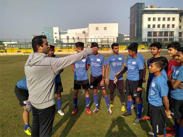 varun chopra leading training